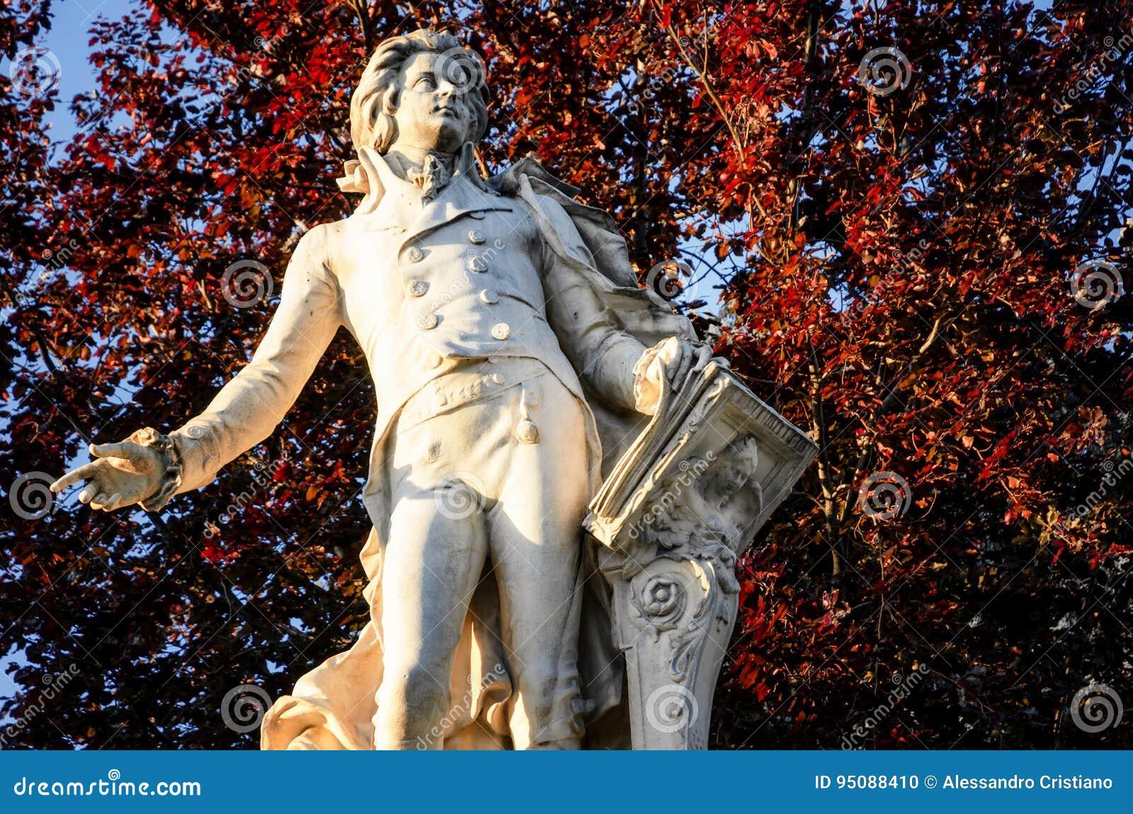 Vienne, statue de Mozart