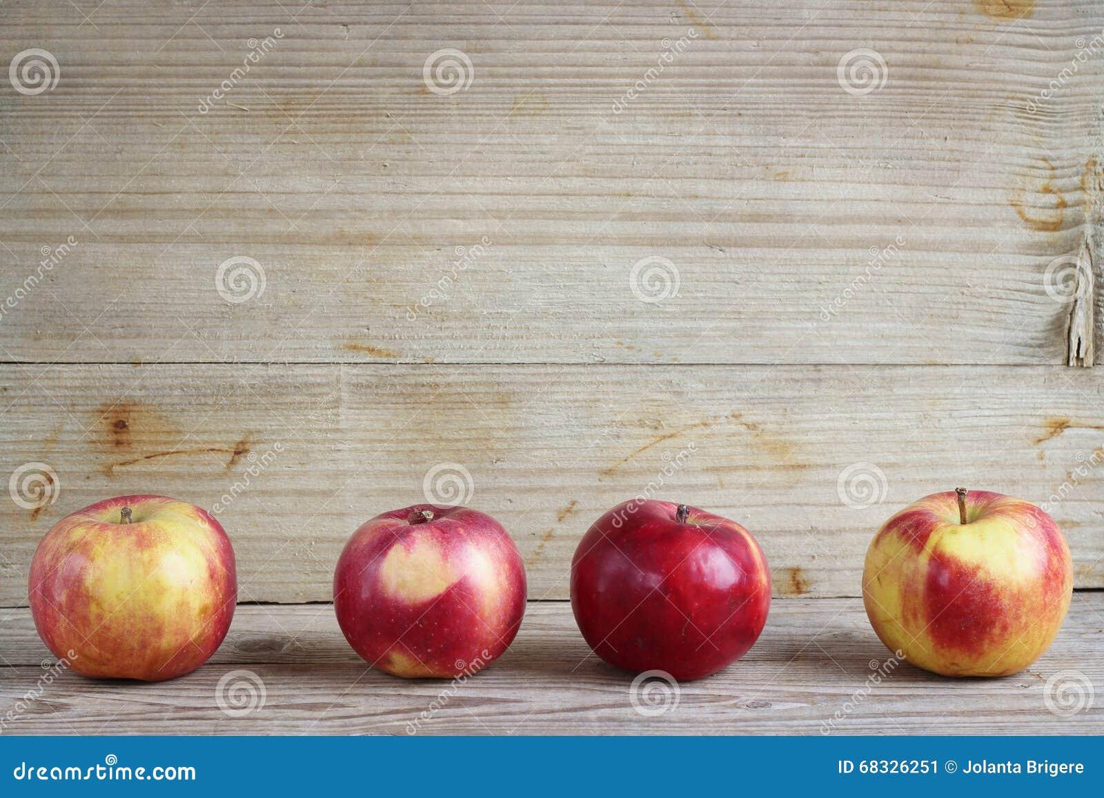 Vier appelen
