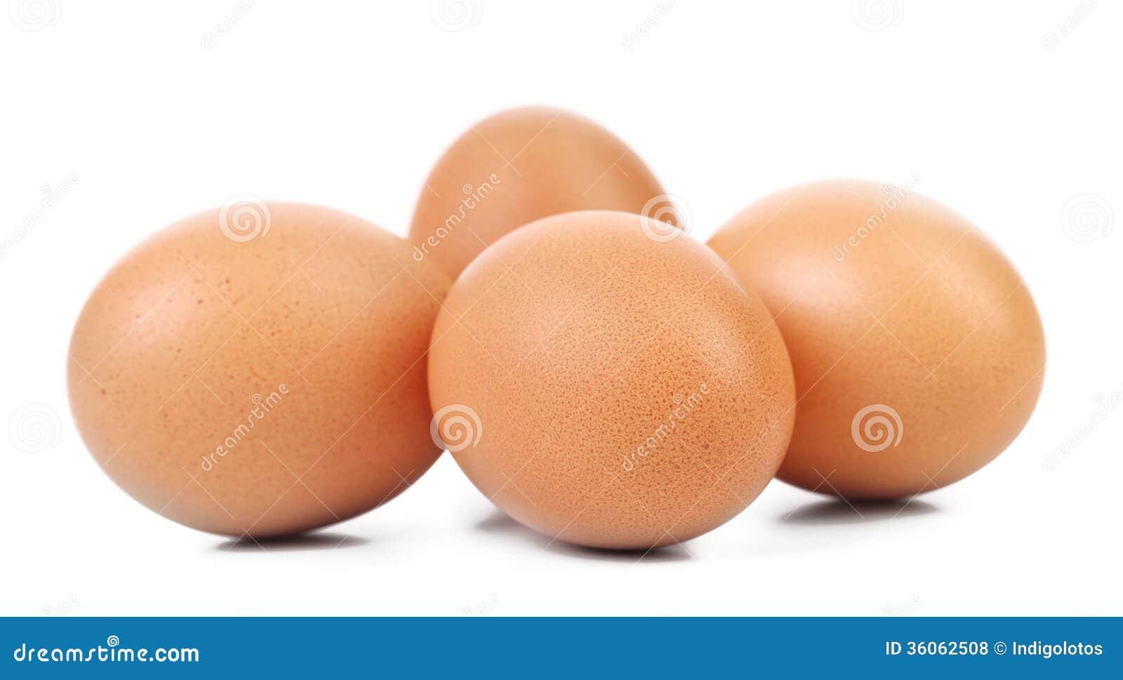 Vier bruine eieren