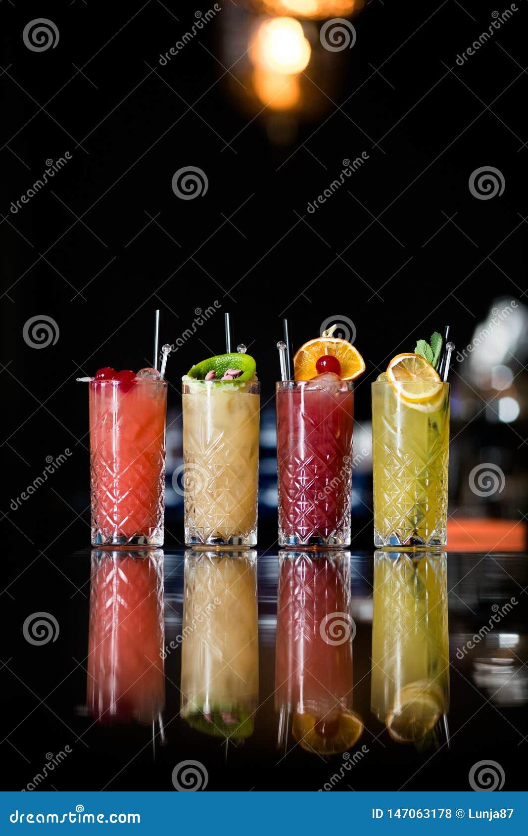 Vier Fantastische Fruitcocktails