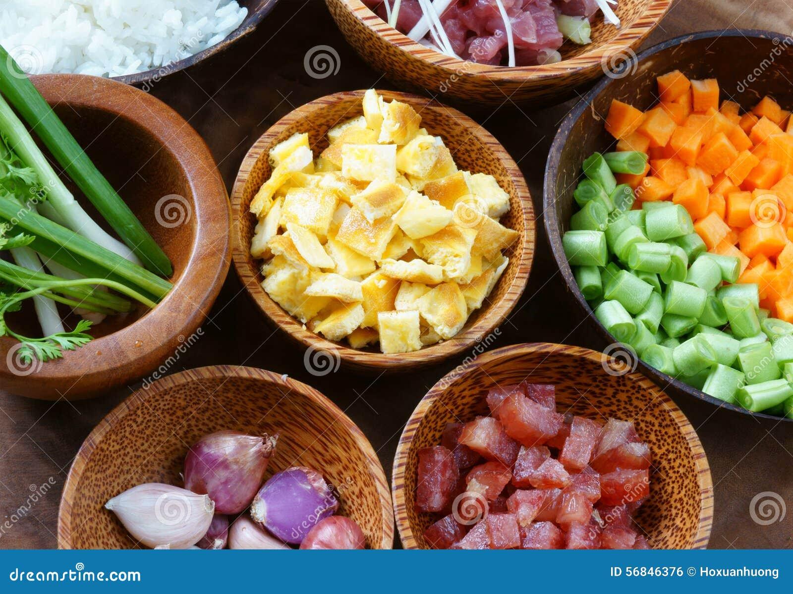 vietnamesisches lebensmittel gebratener reis asiatisches essen stockfoto bild von nahrung. Black Bedroom Furniture Sets. Home Design Ideas