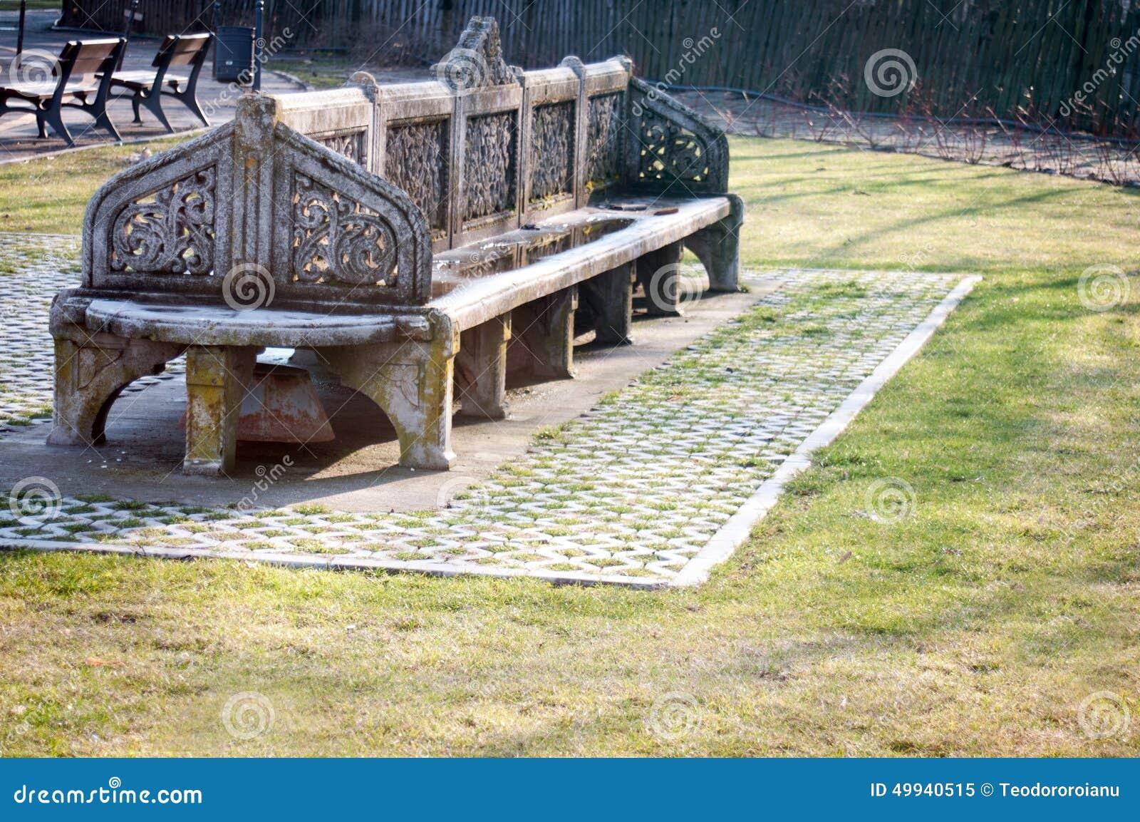 vieux banc en pierre image stock. image du vieux, construction