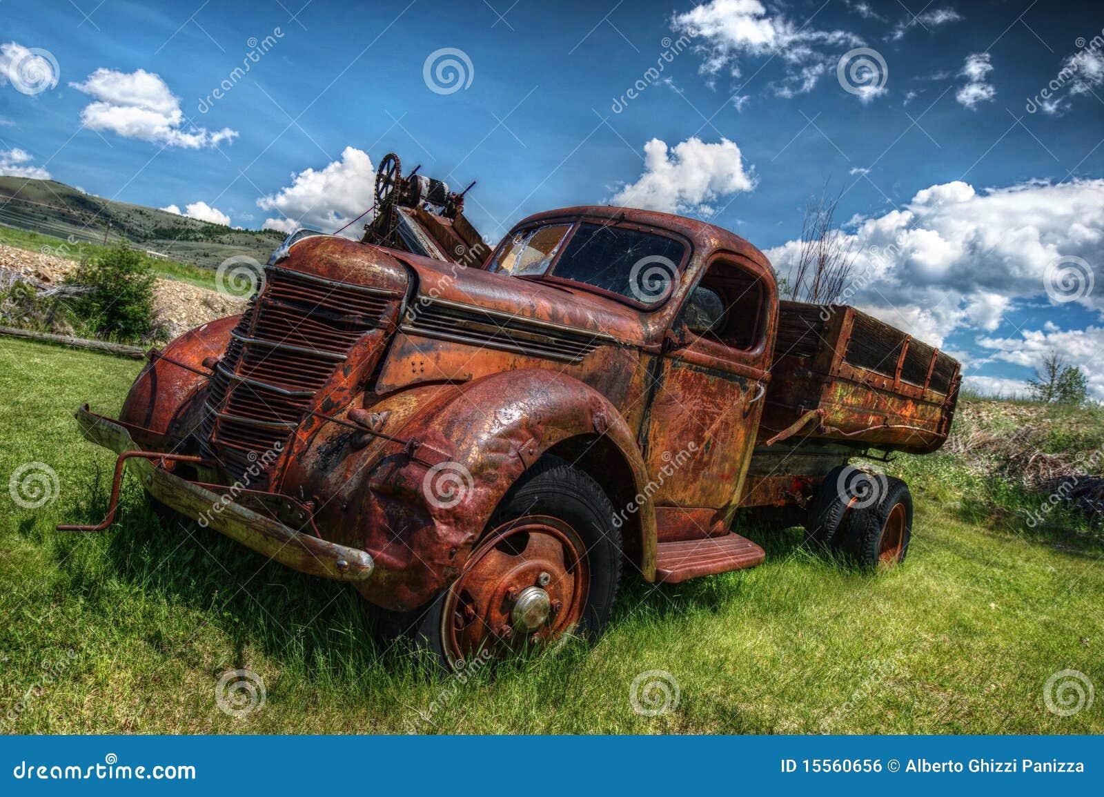 vieux camion abandonn