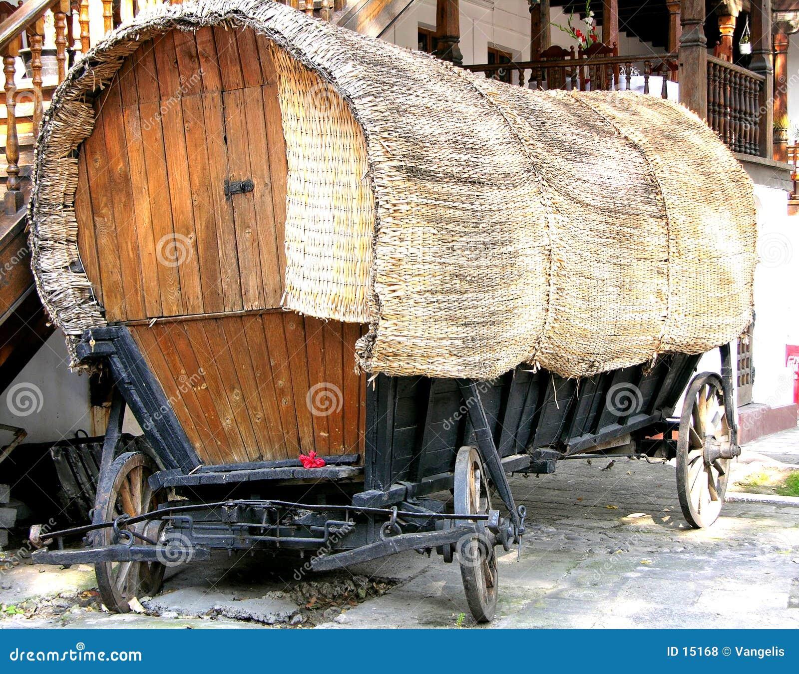 Vieux chariot de poupée d inclinaison