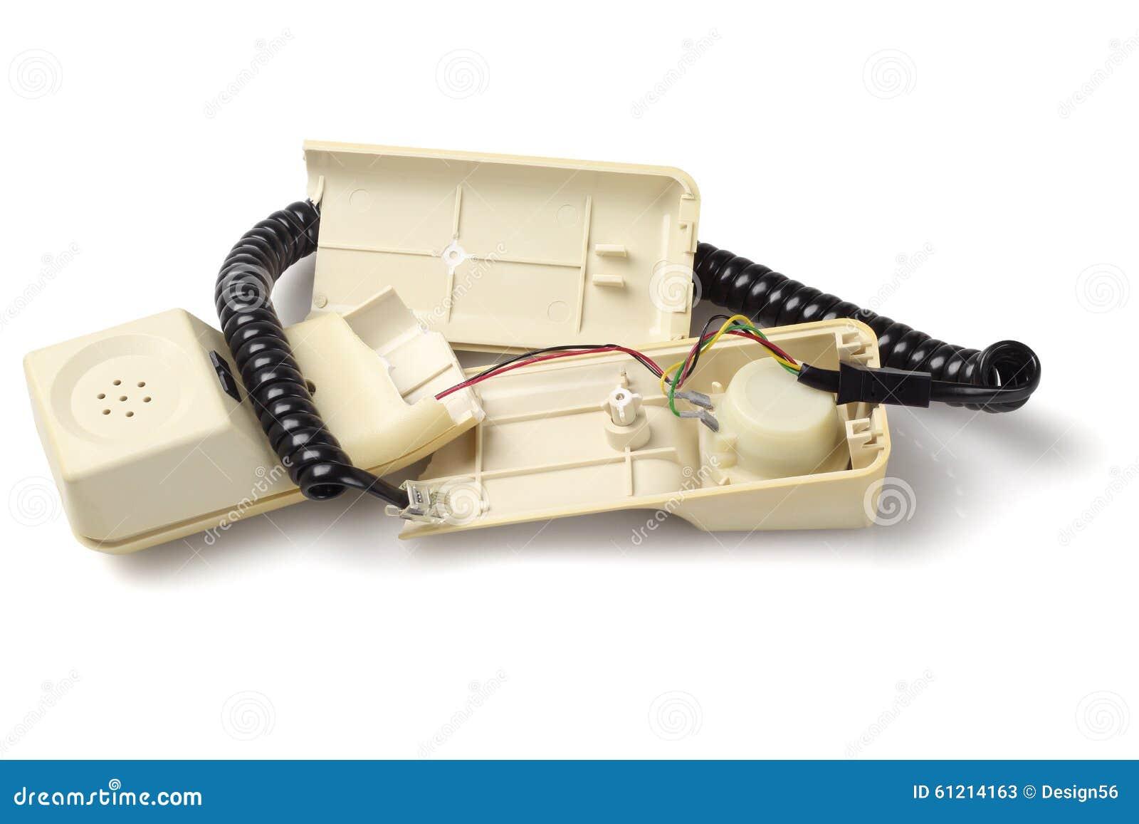 vieux combin de t l phone cass photo stock image 61214163. Black Bedroom Furniture Sets. Home Design Ideas