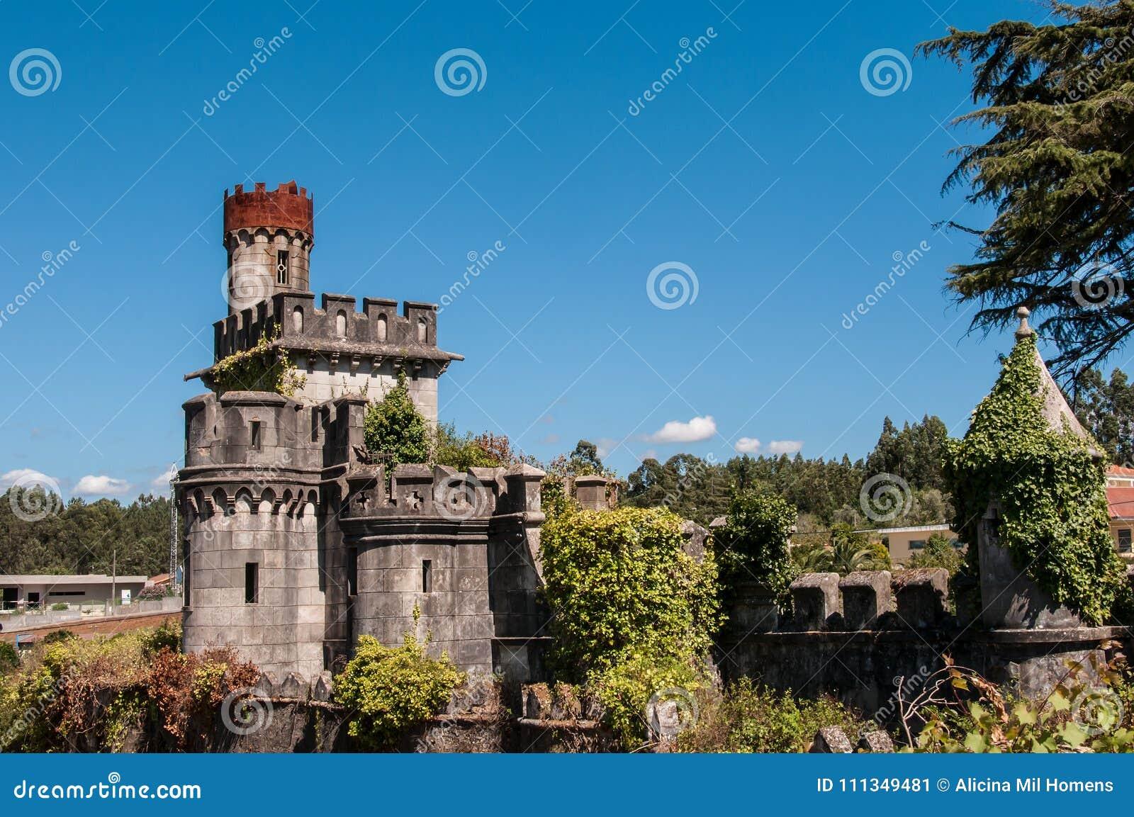Vieux et abandonné château