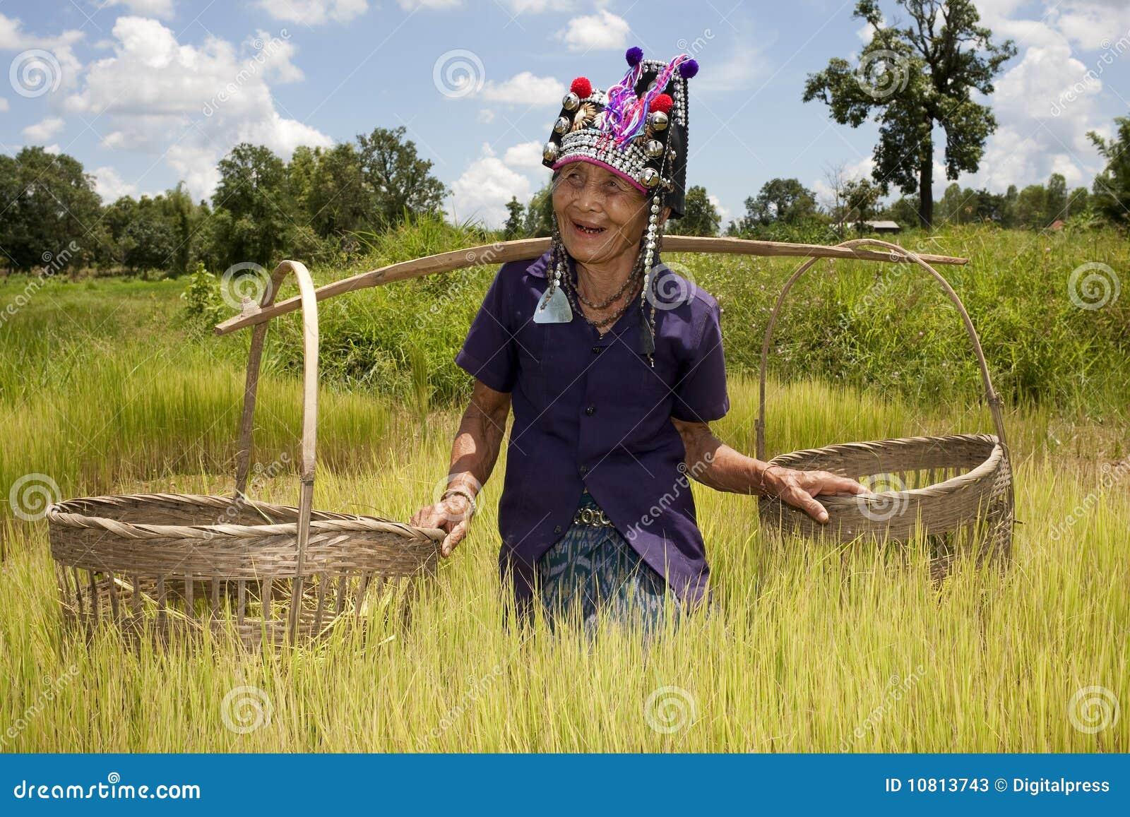 Vieux femme asiatique, Akha