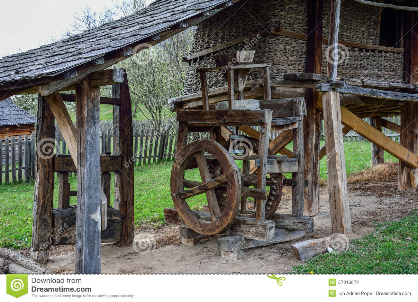 Vieux moulin de maïs