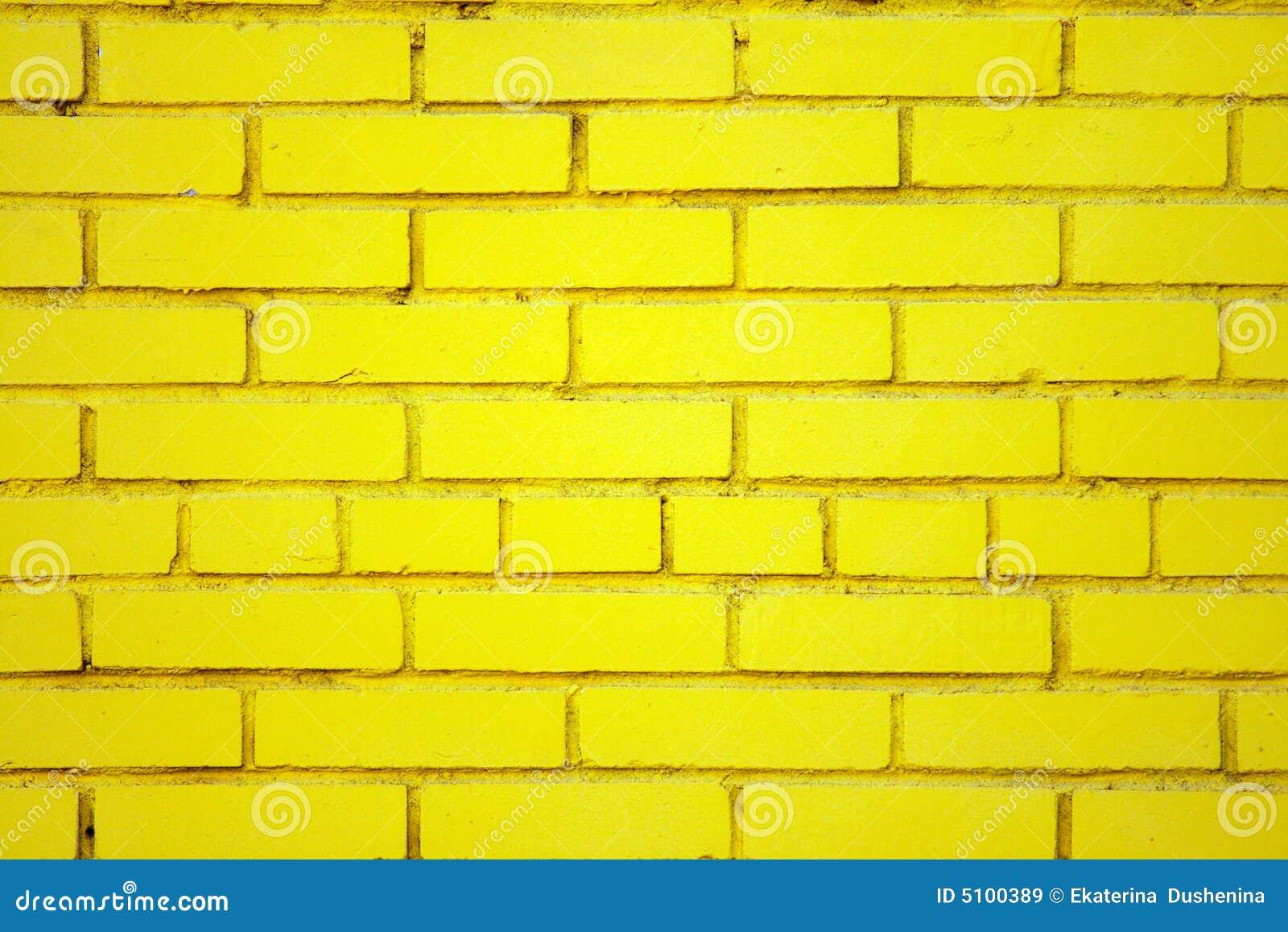 vieux mur de briques jaune images libres de droits image. Black Bedroom Furniture Sets. Home Design Ideas