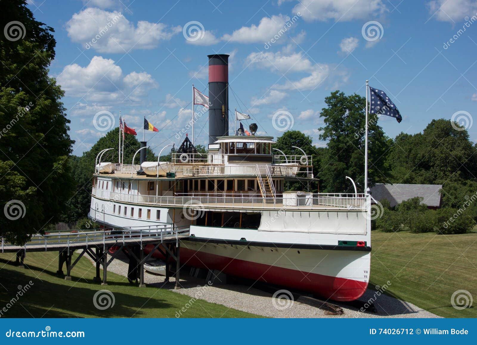 Vieux musée de bateau de vapeur