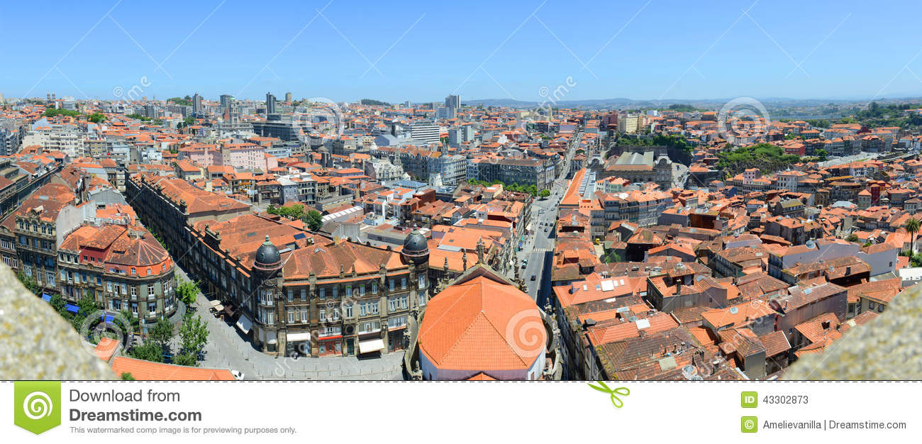 Vieux panorama de ville de porto porto portugal photo for Piscine porto portugal