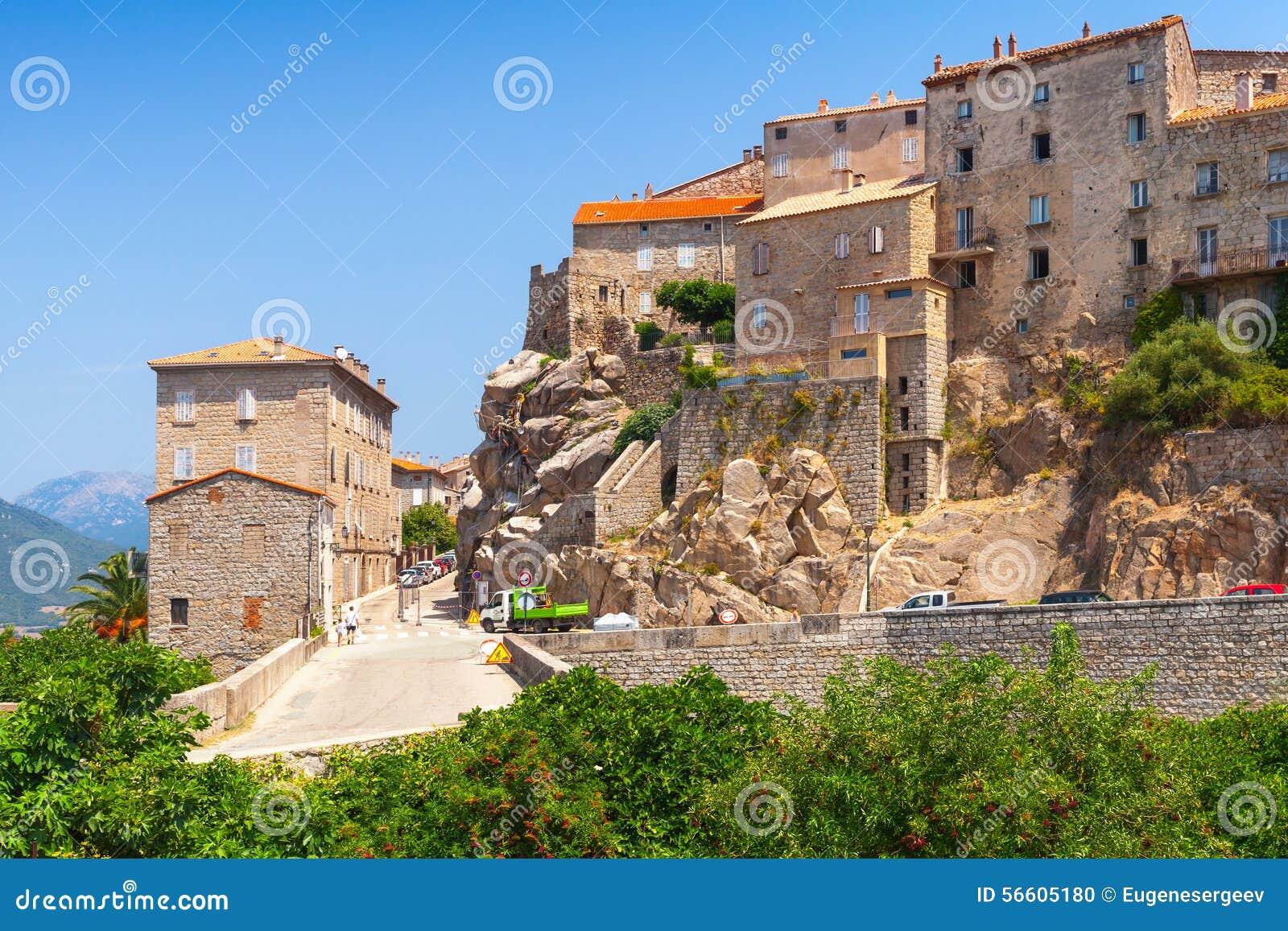 Vieux paysage de ville sartene corse france photo stock for Paysage de ville