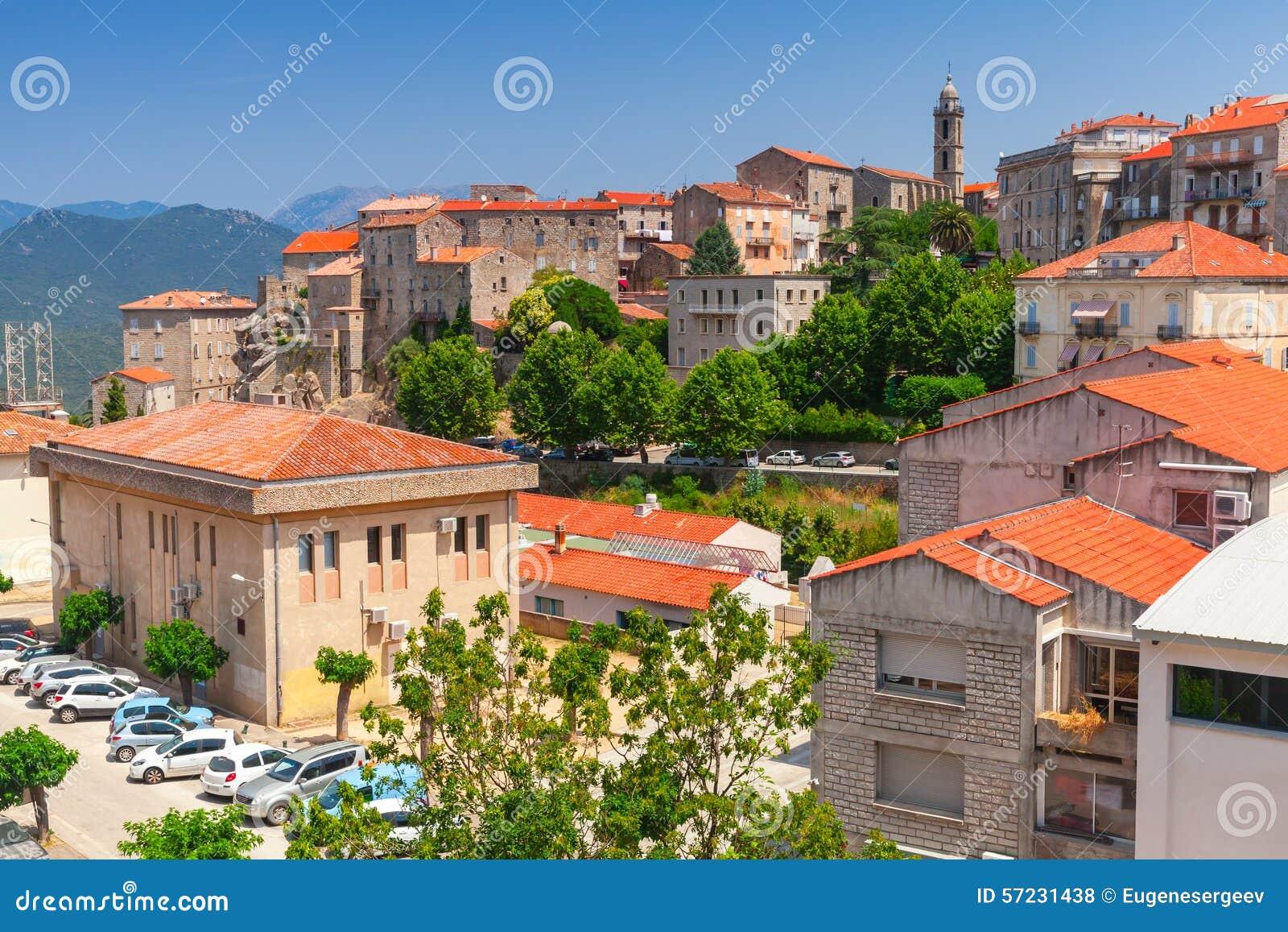 Vieux paysage urbain de ville sartene corse france photo for Paysage de ville