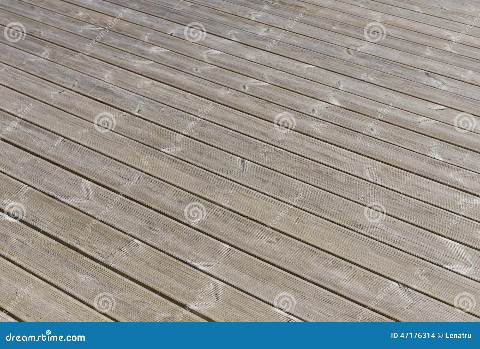 Plancher bois terrasse exterieur cheap terrasse cumaru for Plancher bois pour terrasse exterieur