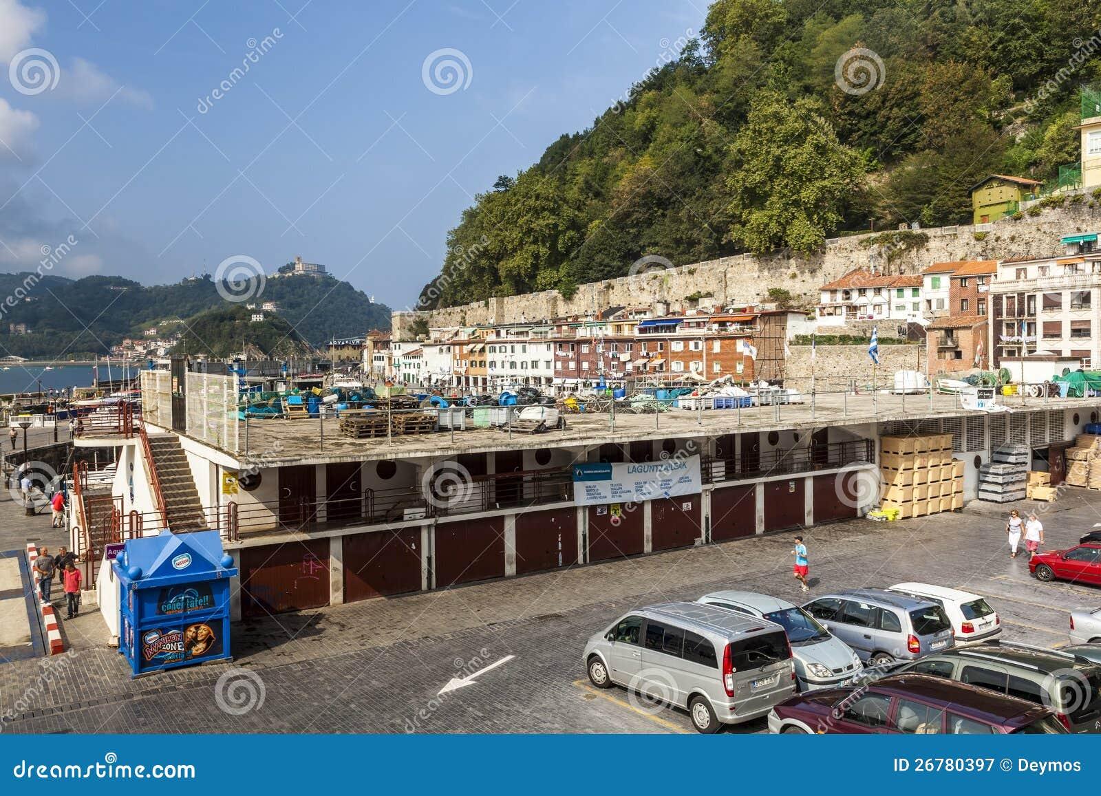 Vieux port de san sebastian espagne photographie - Office de tourisme san sebastian espagne ...