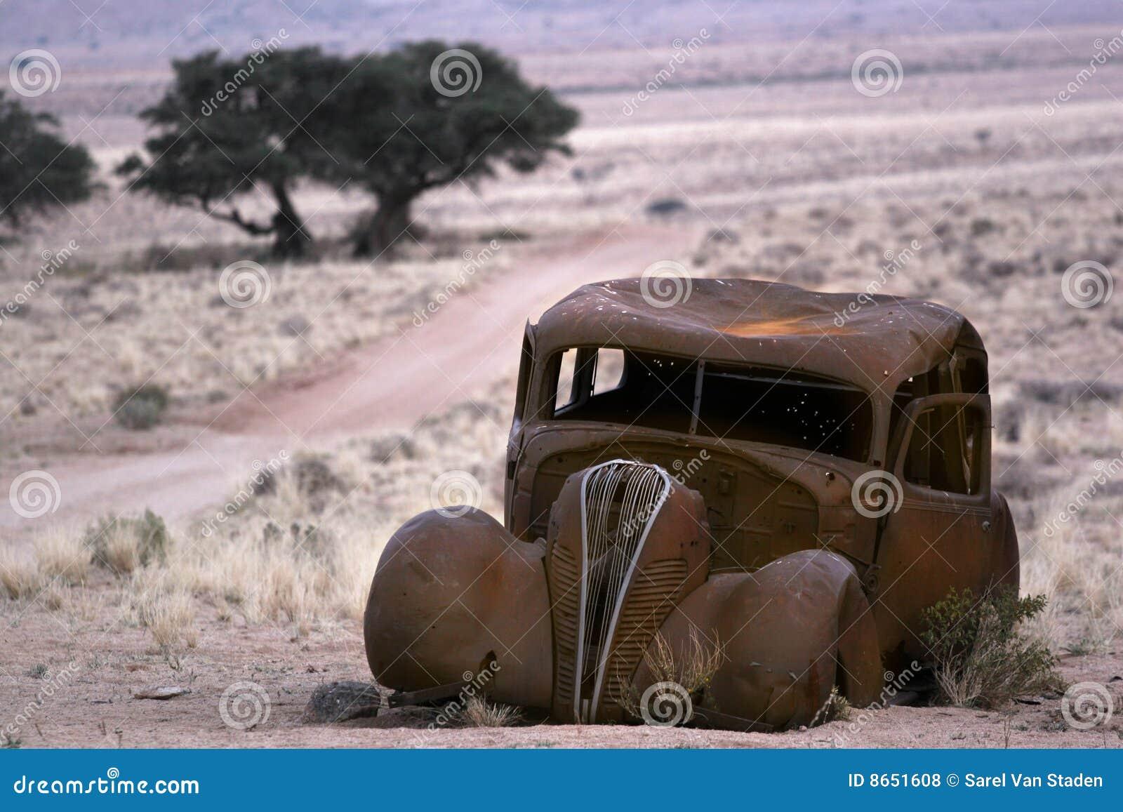 Vieux rustique de véhicule