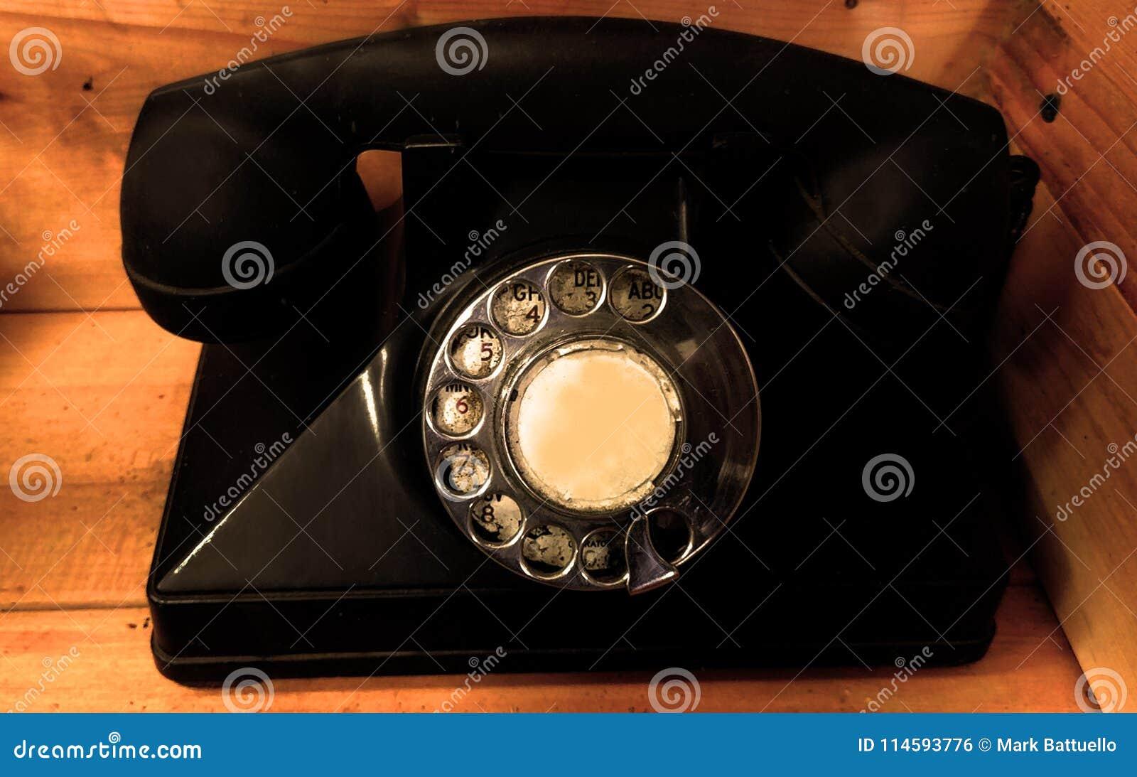 Vieux téléphone rotatoire dans Napa Valley