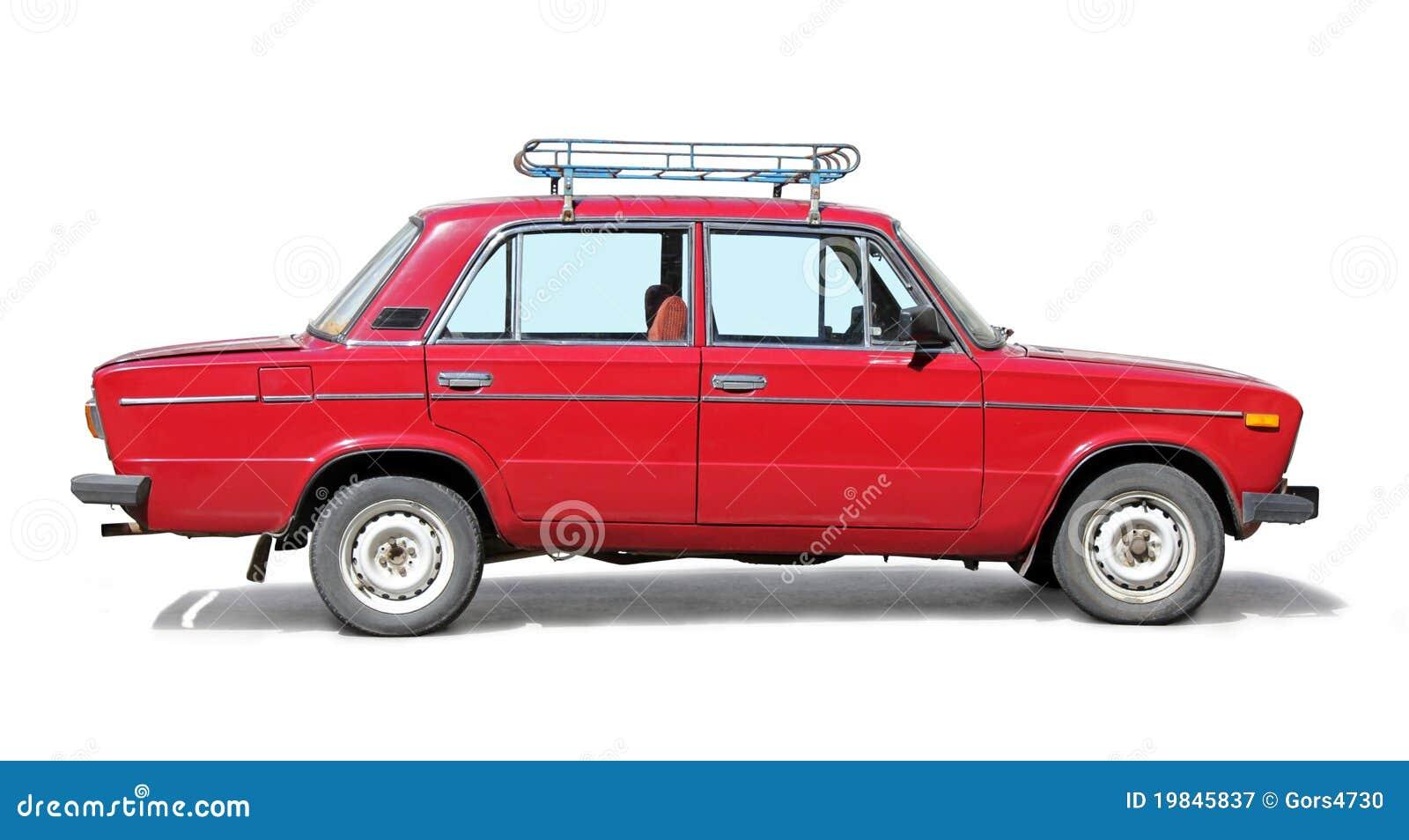 Vieux véhicule rouge