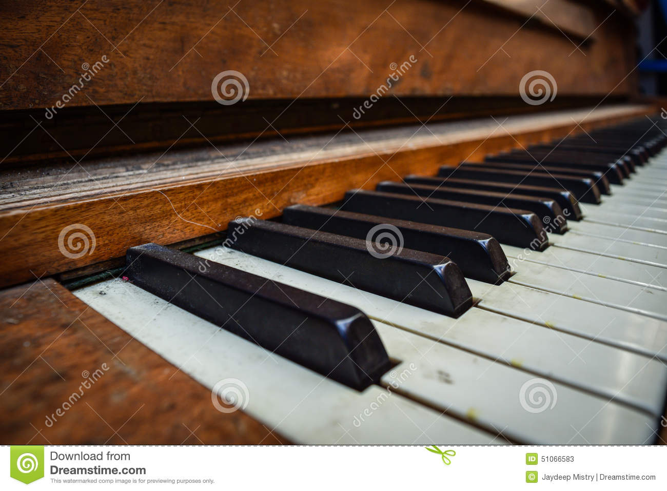 Vieux vintage Dusty Piano Keys