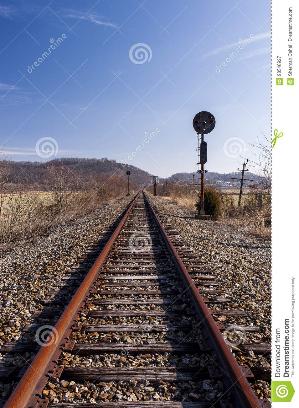 Abandoned Railroad Signal - Track View Stock Image - Image of signal