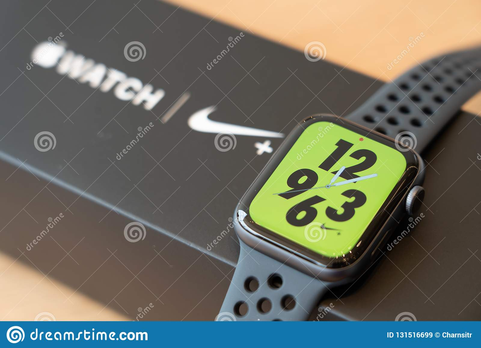 apple watch 4 nike edition