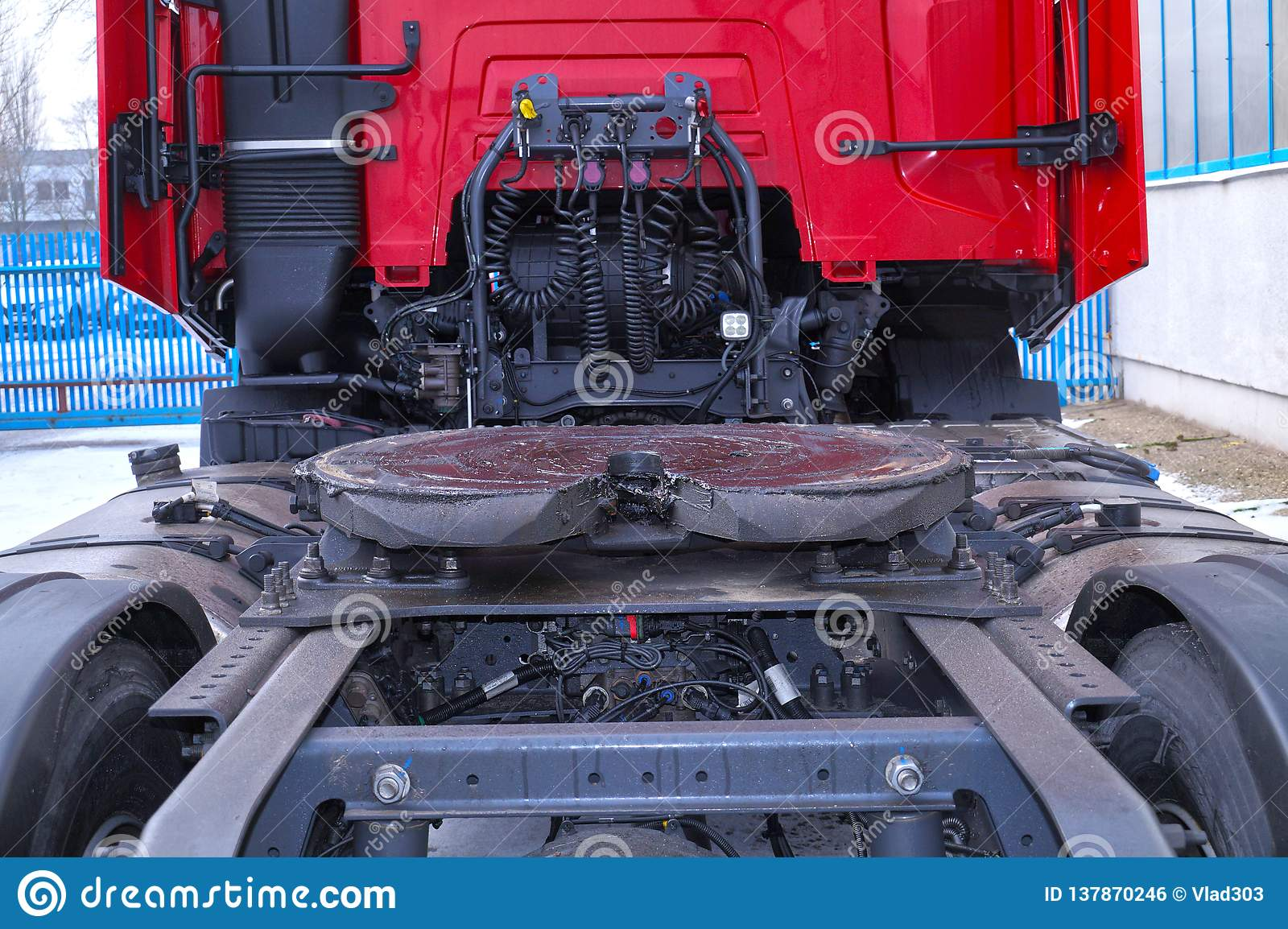 Units industry units, units and parts of tractor trailers and semi-trailers spare parts
