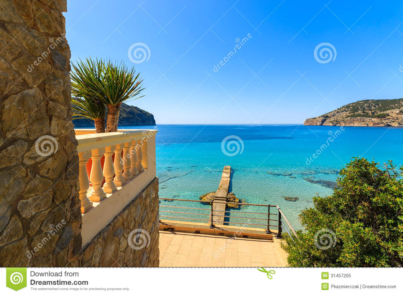view beach sea villa apartment sunny day royalty