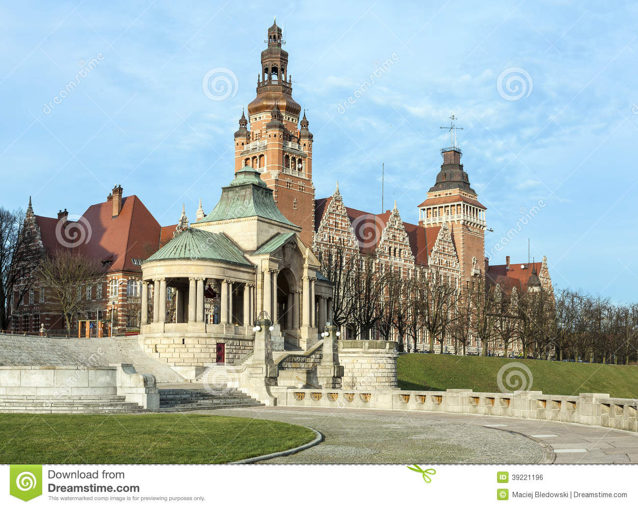 View Of Chrobry Embankment In Szczecin Stock Photo Image 39221196