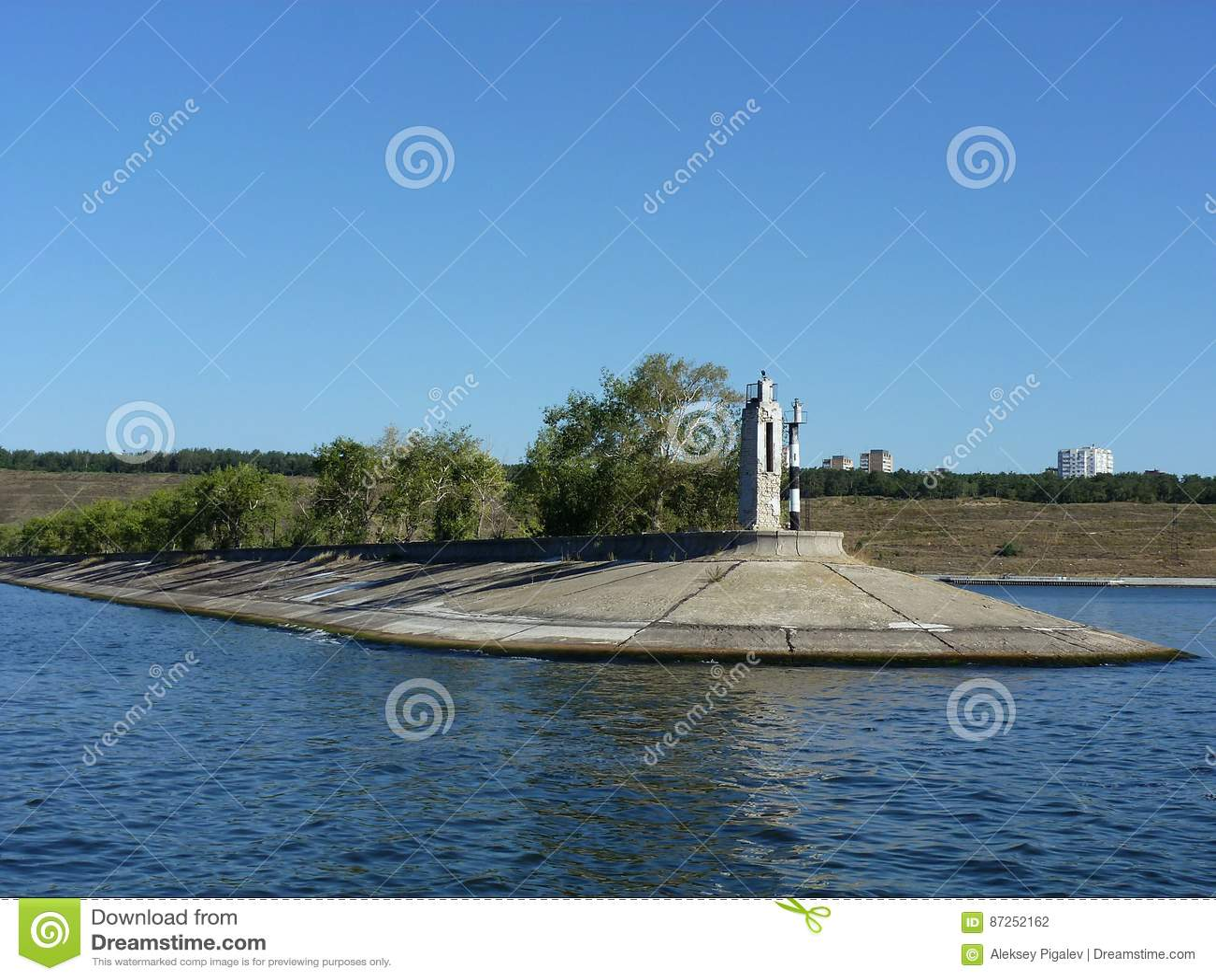 View of the dam near Tolyatti