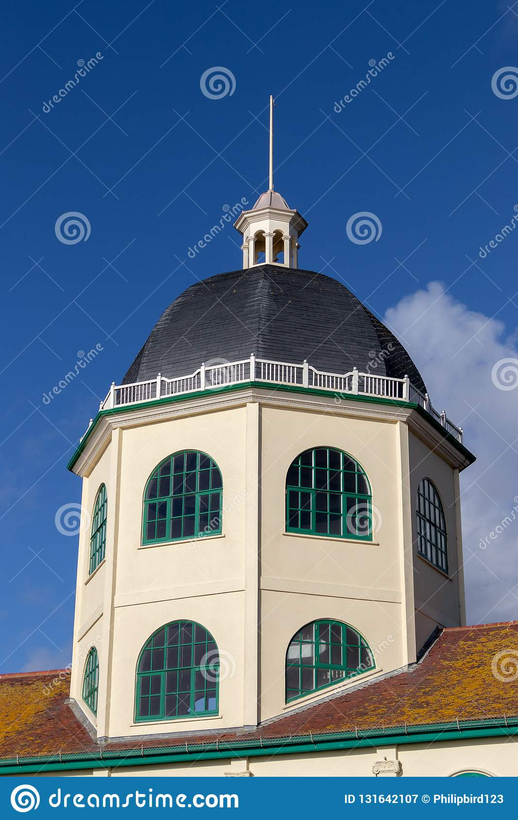 WORTHING, WEST SUSSEX/UK - NOVEMBER 13 : View Of The Dome Cinema In
