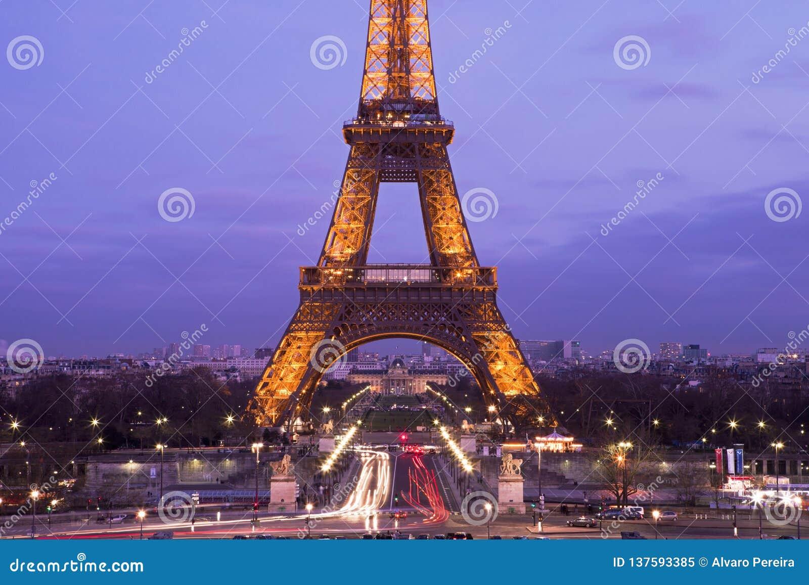 Eiffel Tower In A Purple Sunset Editorial Image Image Of Skyline Purple 137593385