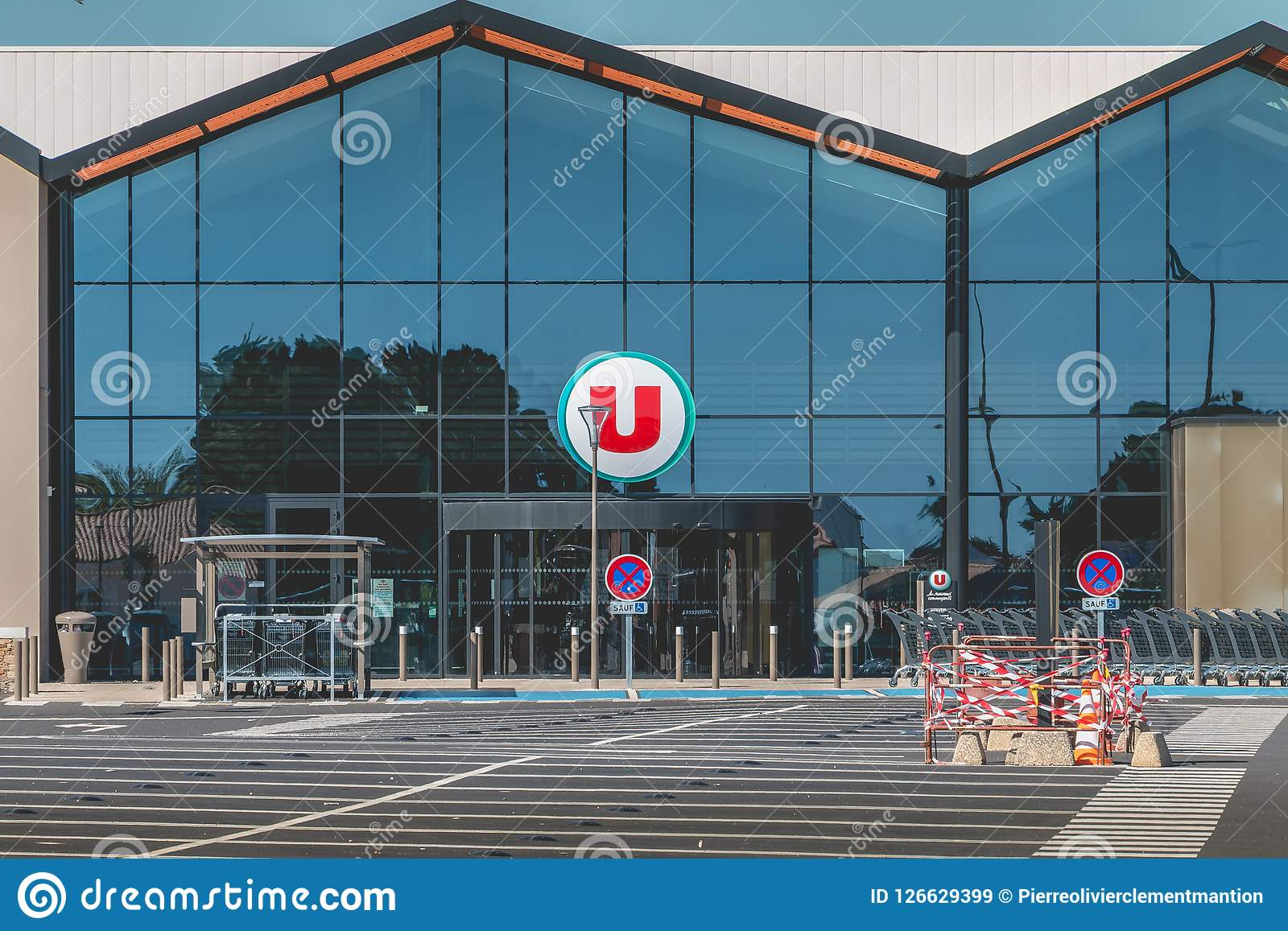 View Of The Entrance Of A Super U Store Editorial Stock
