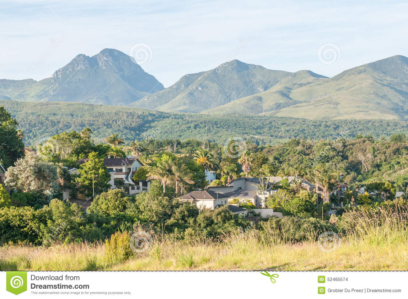 George South Africa  City pictures : GEORGE, SOUTH AFRICA JANUARY 4, 2015: View of one of the suburbs in ...