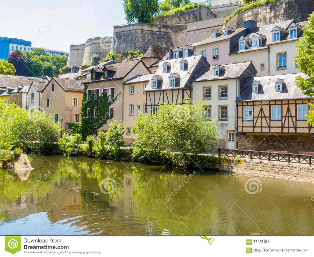View on the grund district and alzette river luxembourg for Luxembourg homes