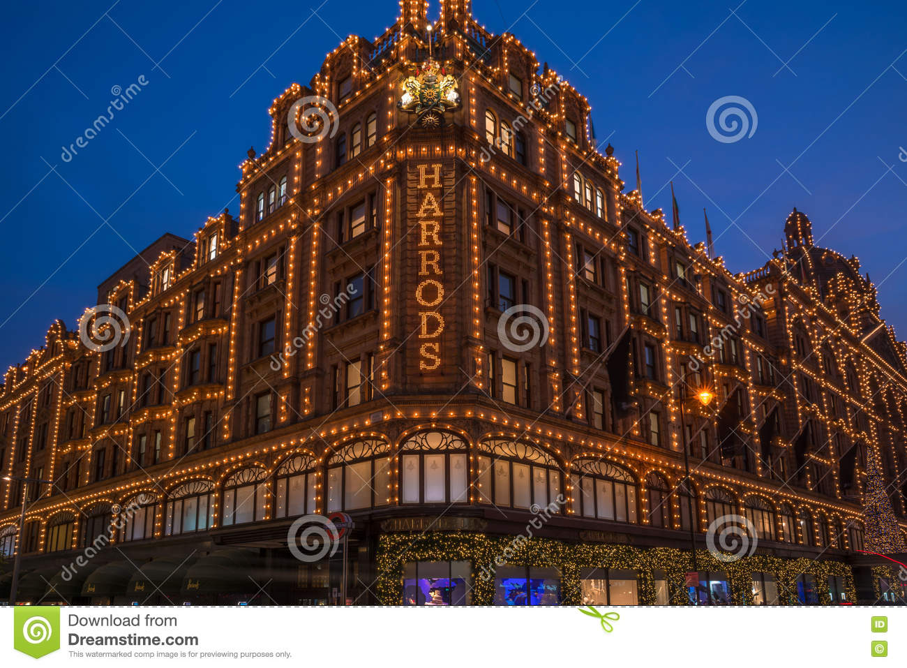 View Of Harrods With Christmas Decorations Editorial Image ...