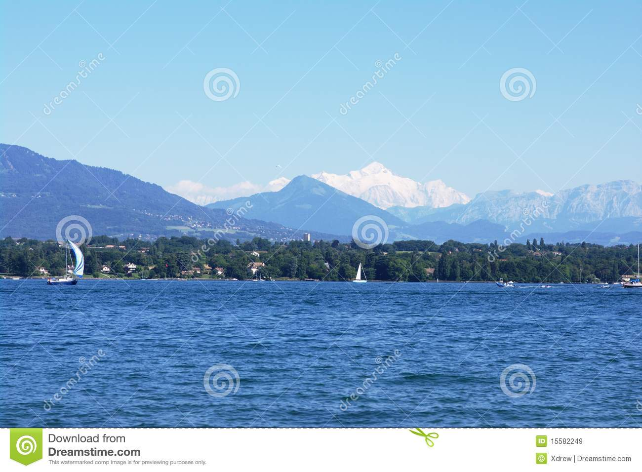 View on mont blanc over lake stock image image 15582249 for Carrelage mont blanc sallanches