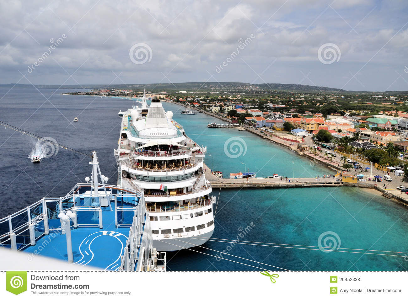 View of Oranjestad from cruise ship