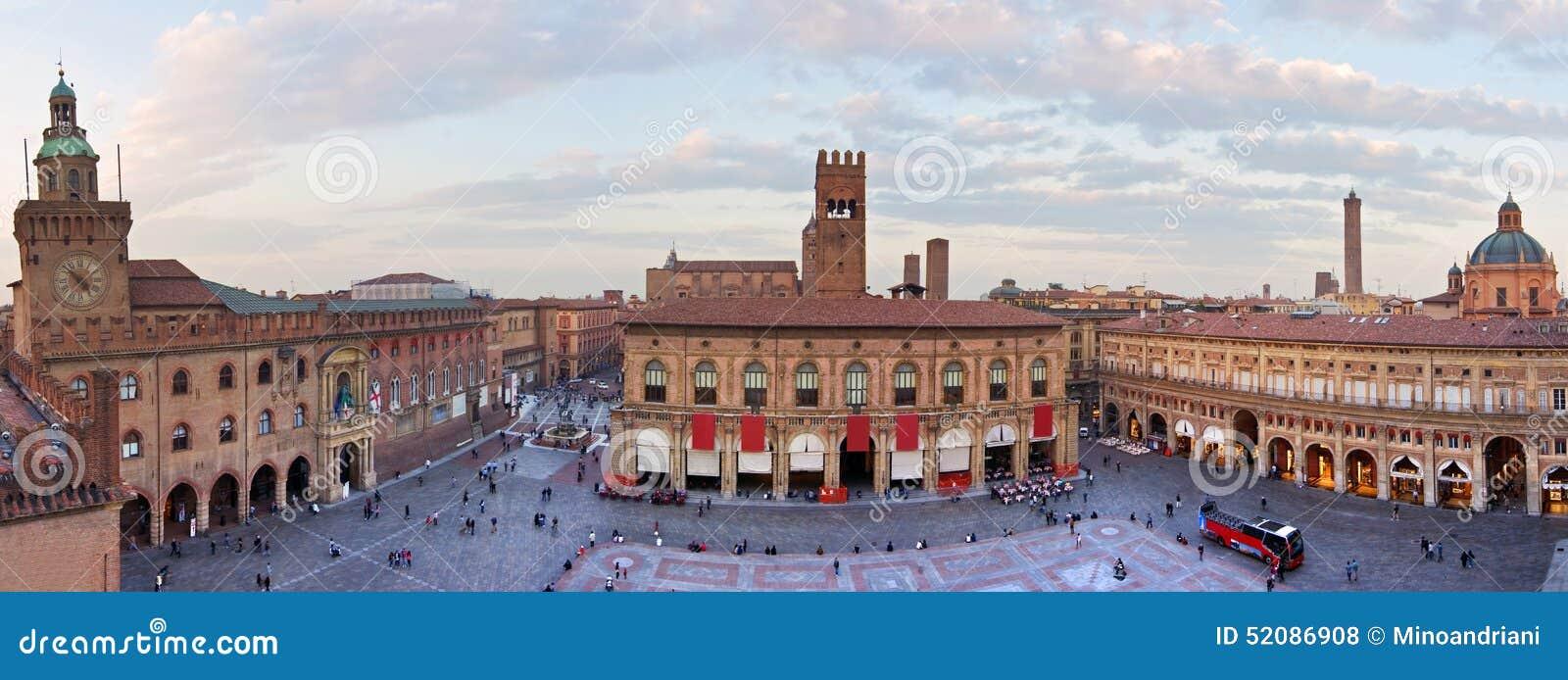 Cake Design Roma Piazza Bologna : View Of Piazza Maggiore - Bologna Stock Photo - Image ...