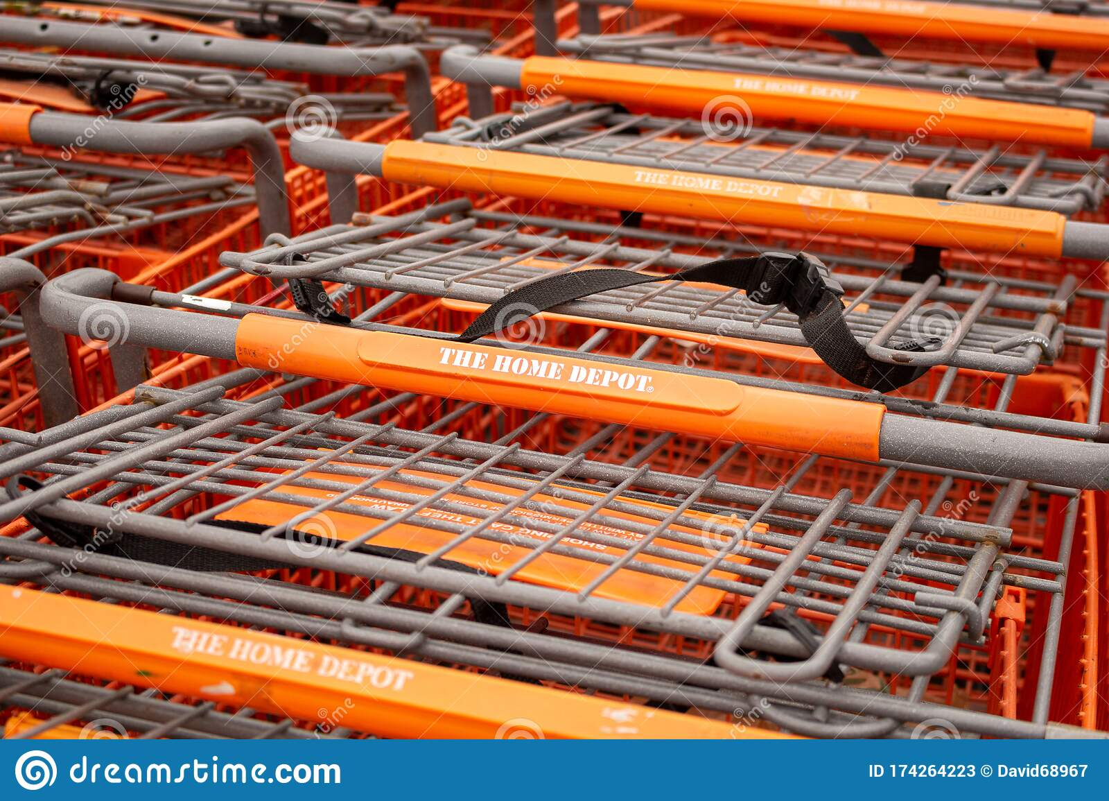 Home Depot Carts Editorial Stock Photo Image Of Building 174264223