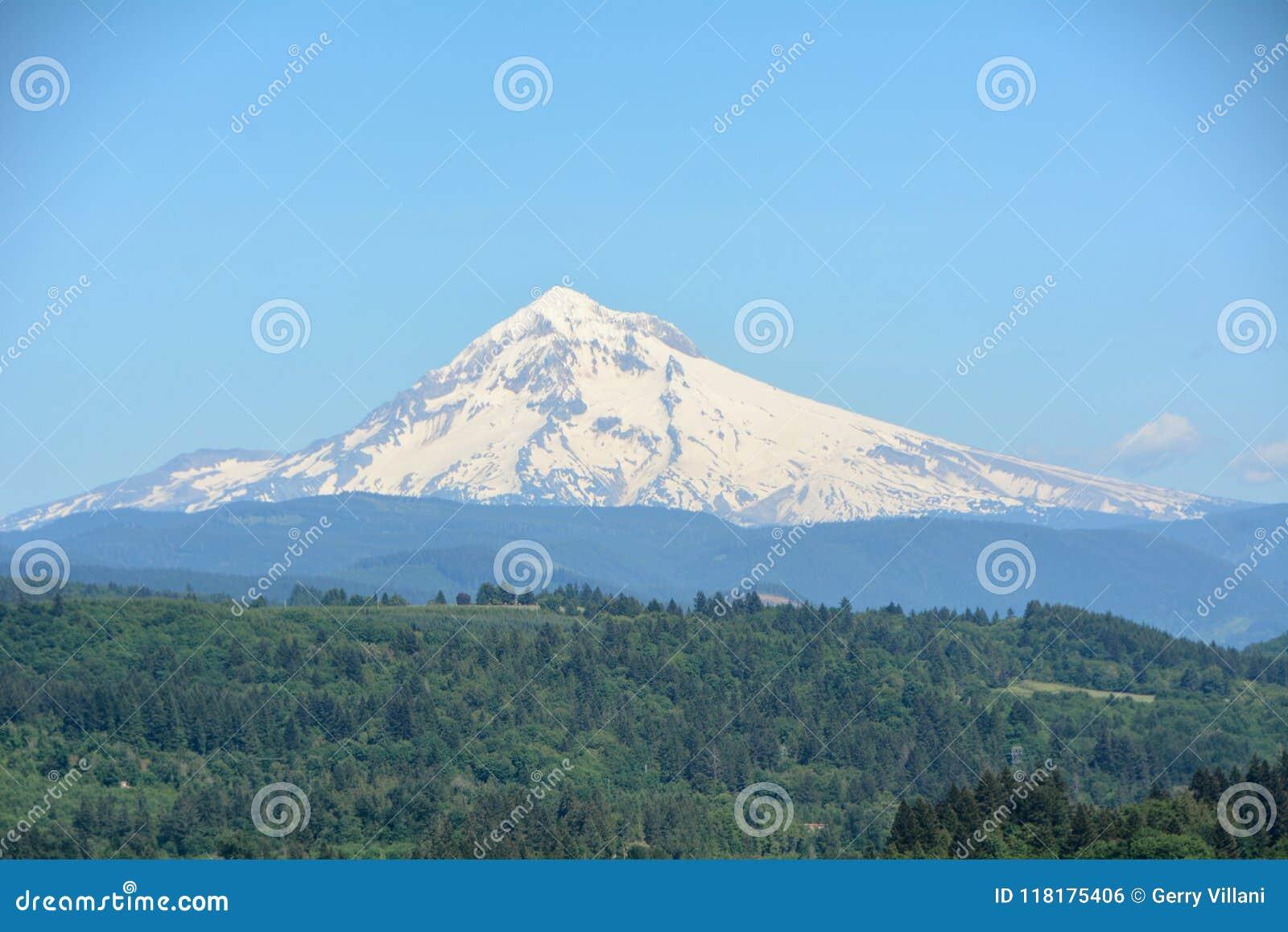 Download Mt. Hood From Jonsrud Point, Oregon Image 2 Stock Photo - Image of green, hood: 118175406