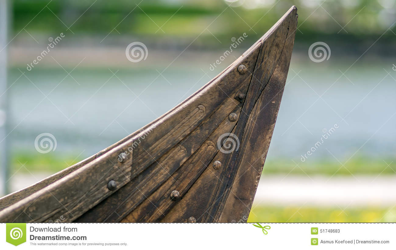 how to build a viking ship at home