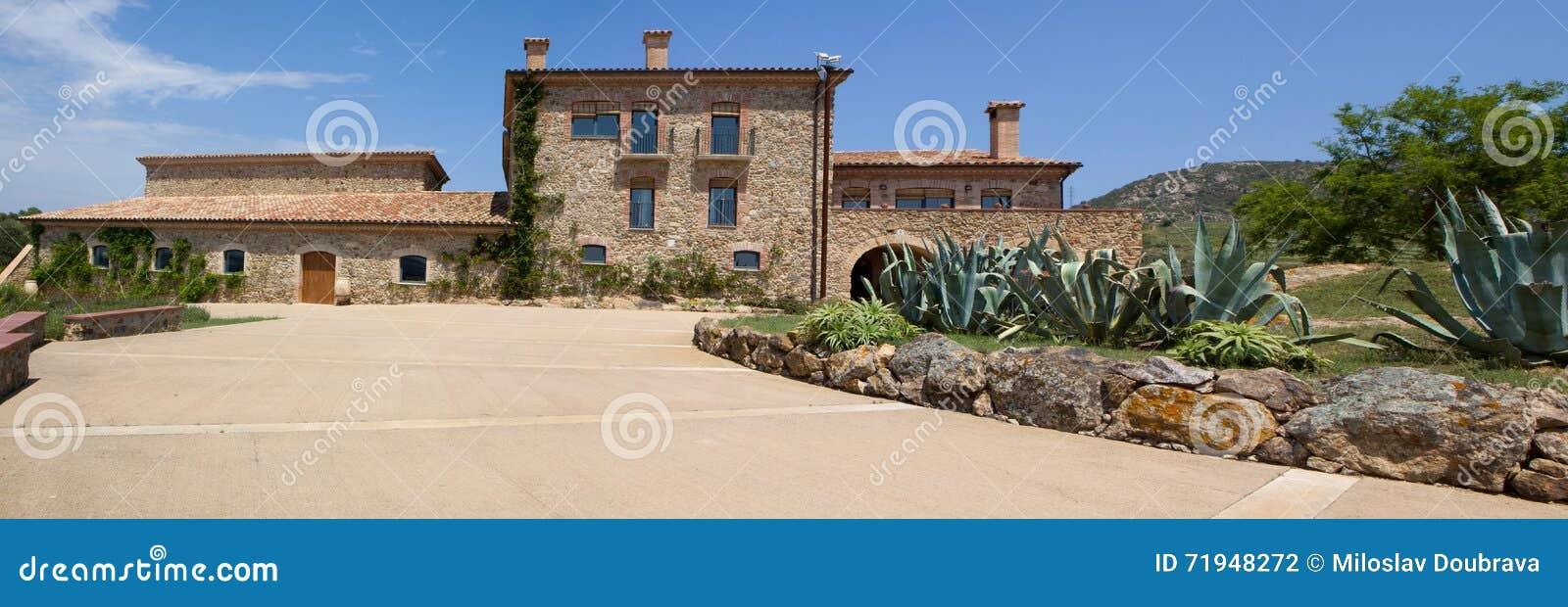 Vila в Каталонии