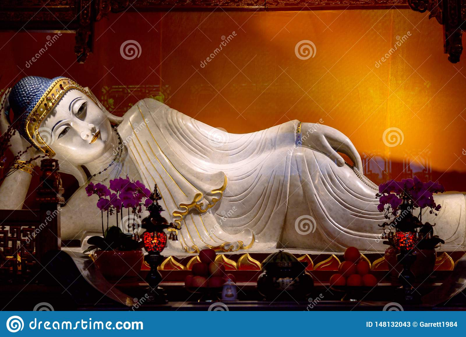Vila Buddha i den Jade Buddha templet porslin shanghai