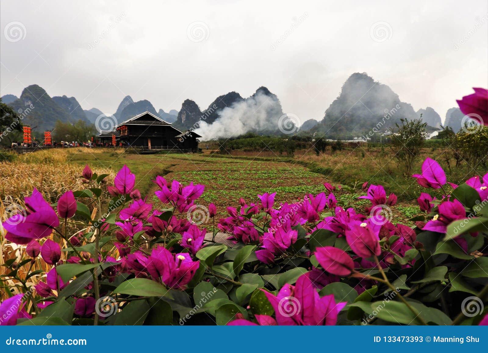 Vila chinesa da minoria em Guilin