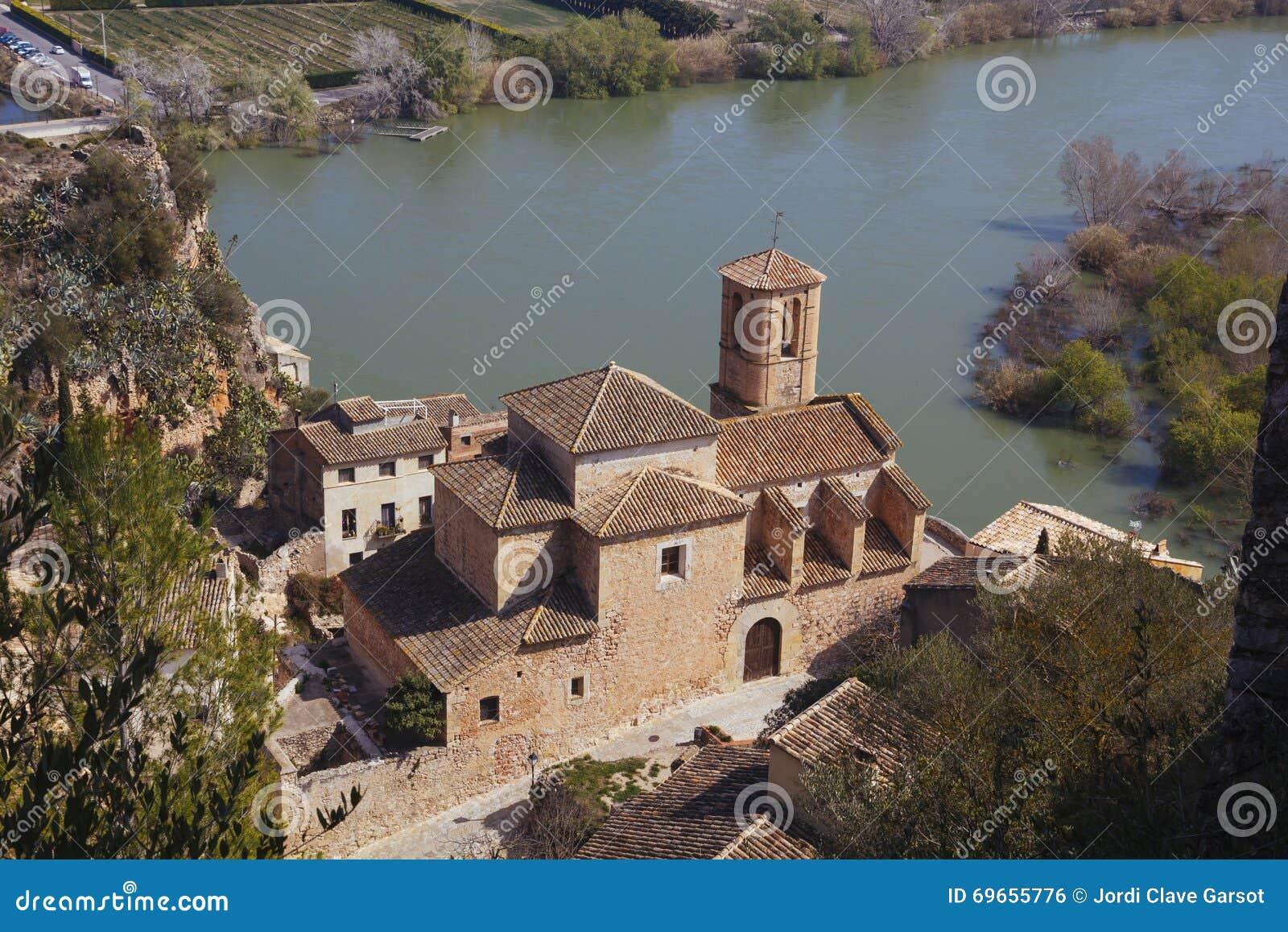Vila de Miravet em Catalunya, Espanha