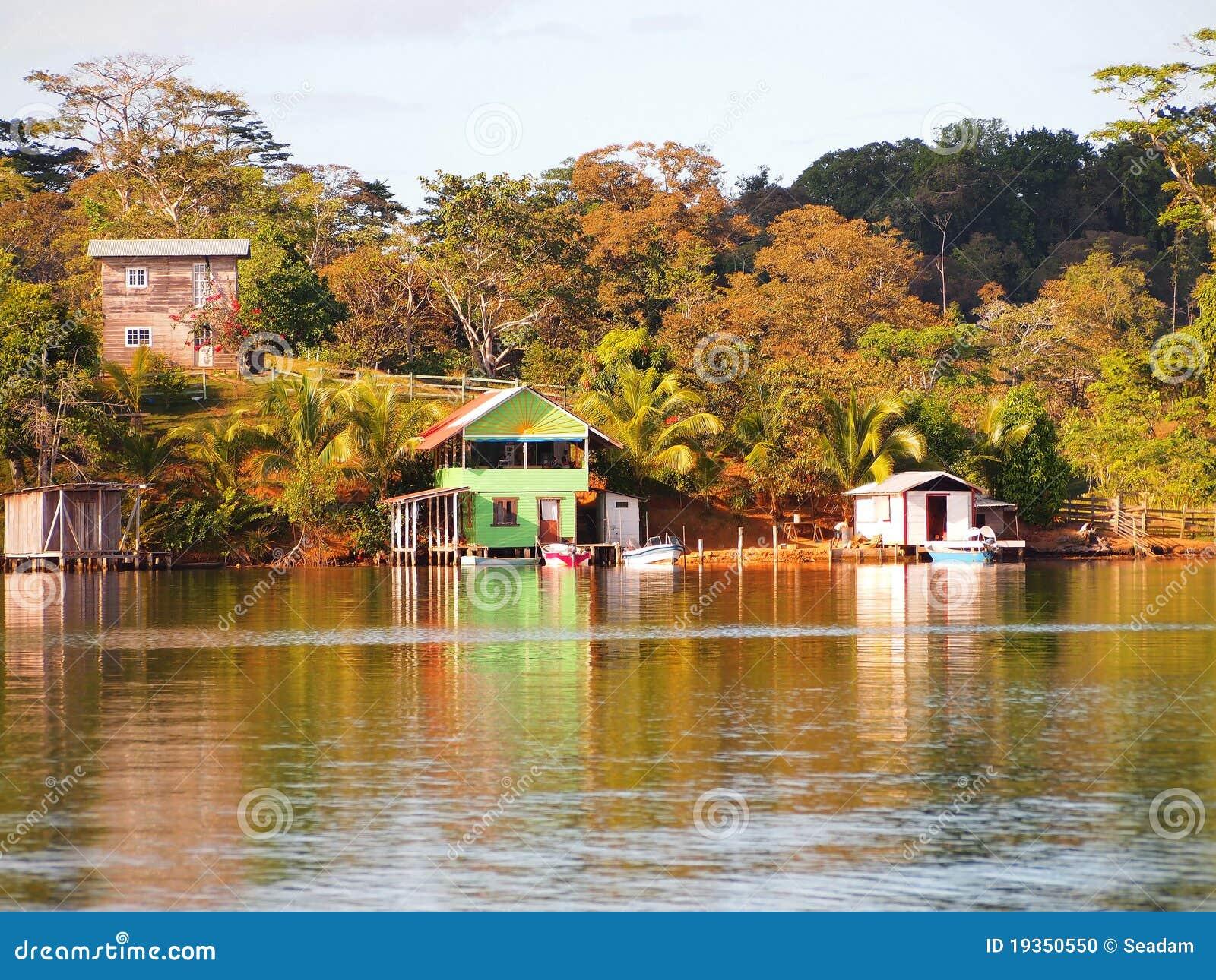 Vila do Cararibe