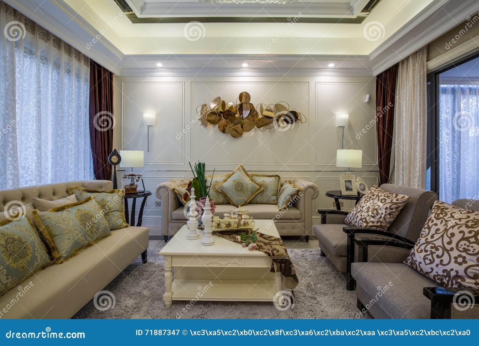 Villa à La Maison Intérieure De Luxe Moderne De Salon De ...