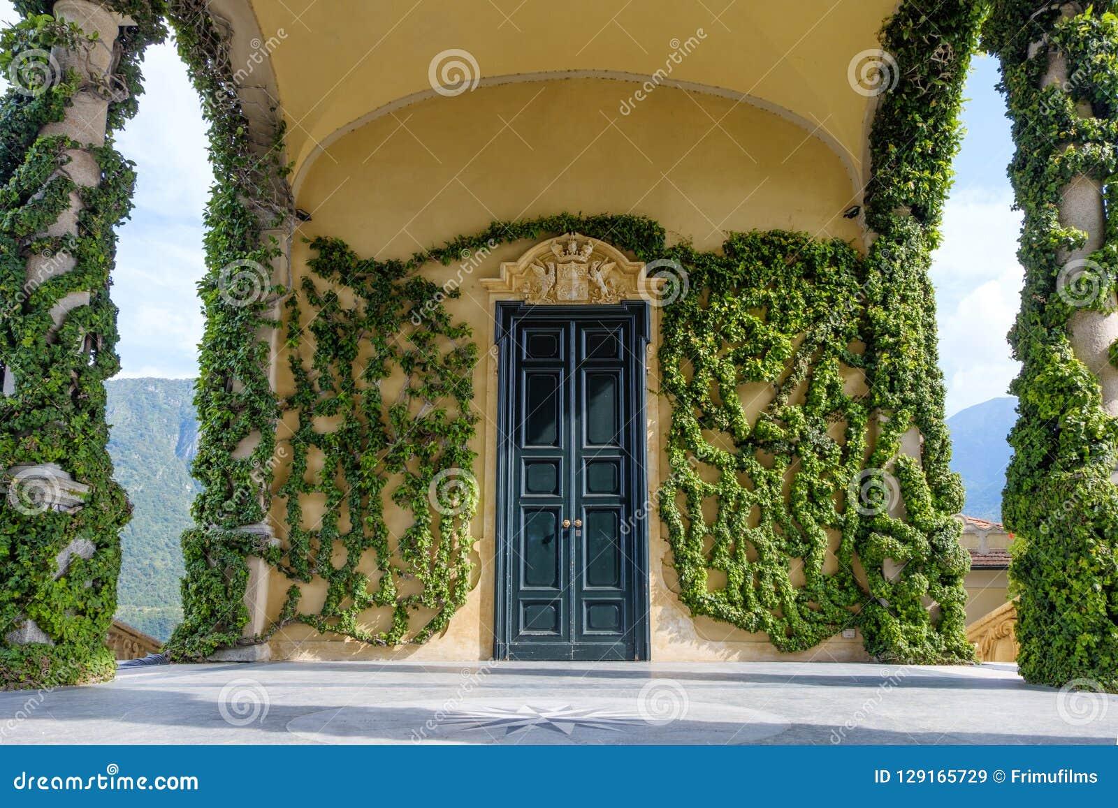 Villa Balbianello building with green ornaments
