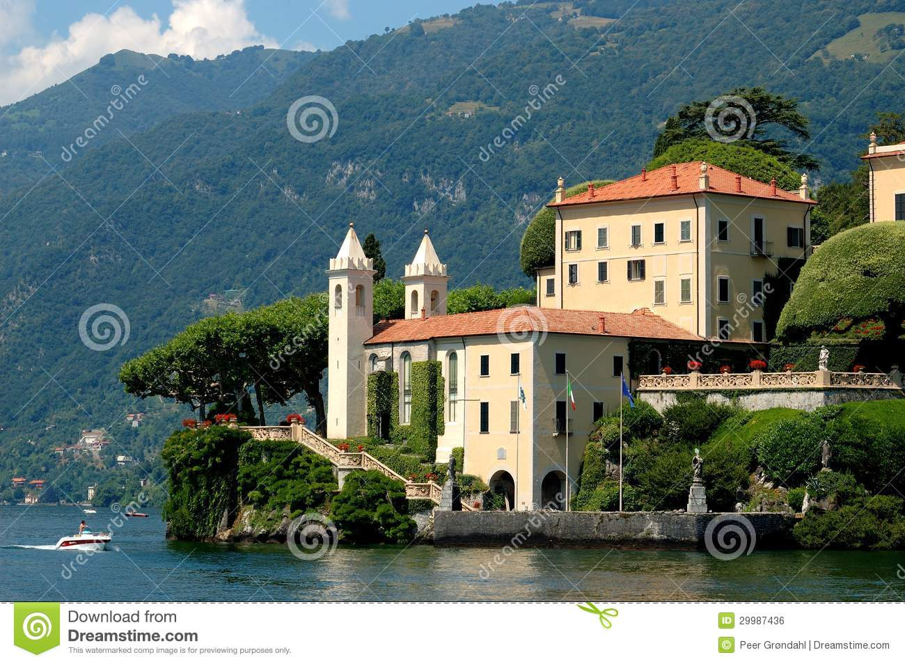 Villa balbianello royalty free stock image image 29987436 for Villa royale