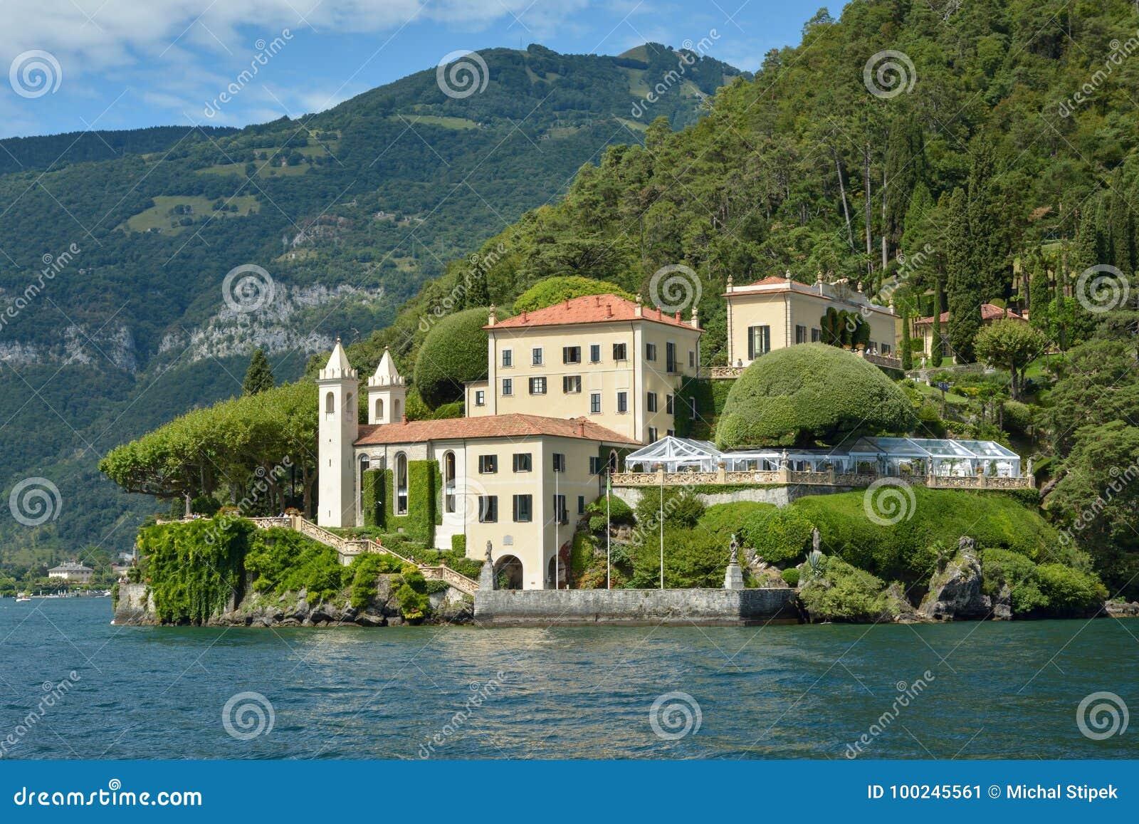 Villa del Balbianello på sjön Como